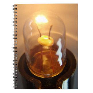 Carnet Ampoule rougeoyante de basse tension