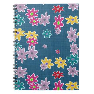 Carnet Arrière - plan bleu avec le motif de fleurs coloré