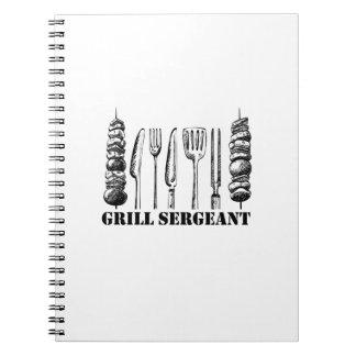 Carnet BBQ de sergent de gril grillant les femmes drôles