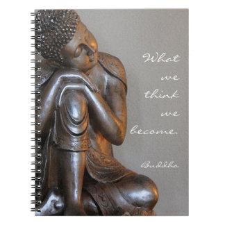 Carnet Bouddha argenté paisible avec la citation sage