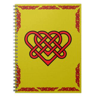 Carnet Coeur celtique avec le rouge tressé celtique de
