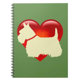 Carnet Collier rouge de coeur de silhouette noire de