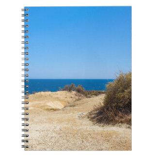Carnet Côte avec la mer bleue et le sky.JPG