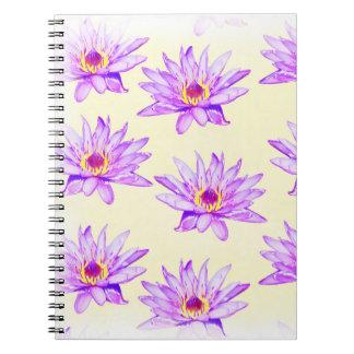 Carnet crème de fleurs de lotus noire d'encre