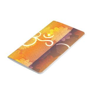 Carnet De Poche Motif indien d'ornement avec le symbole d'ohm