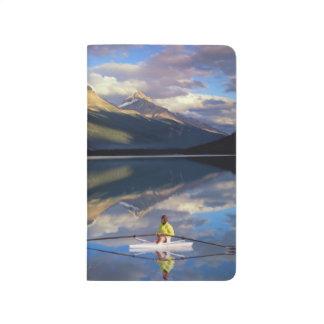 Carnet De Poche Un rameur sur le lac Banff dans M. du Canada)