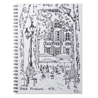 Carnet Dinant dans une plaza | Aix-en-Provence, France