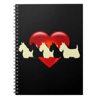 Carnet Écossais coeur noir/blanc de Terrier de silhouette