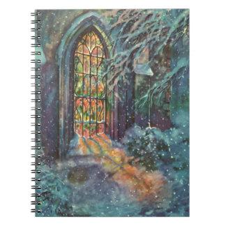 Carnet Église vintage de Noël avec la fenêtre en verre