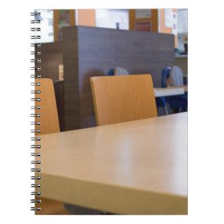 Carnet Image brouillée du café intérieur