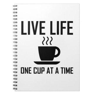 Carnet La vie vivante un buveur de thé de café de tasse à