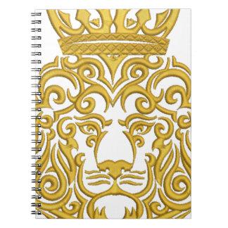 Carnet lion dans la couronne, imitation de broderie