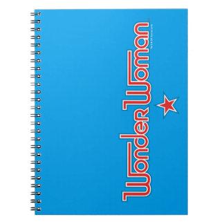 Carnet Logo d'étoile rouge et bleue de femme de merveille