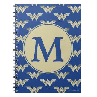 Carnet Motif de logo de femme de merveille de monogramme