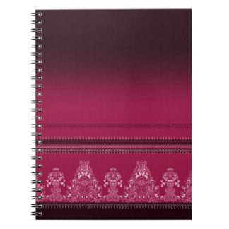 Carnet Motif floral traditionnel rose de Paisley