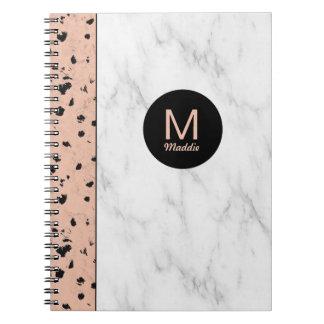Carnet Or et marbre roses à la mode avec le monogramme