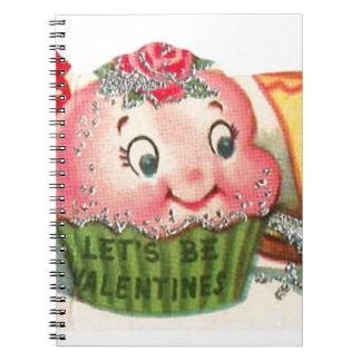 Carnet Rétro Saint-Valentin vintage de petit gâteau et de