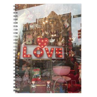 Carnet Signe de coeur de fenêtre de magasin de