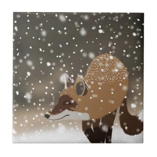 Carreau Art neigeux de forêt d'hiver de renard futé