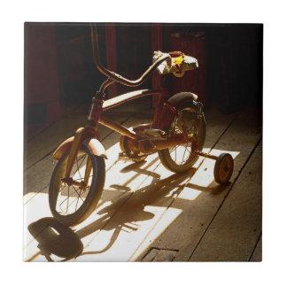 Carreau Bicyclette d'enfant à l'ancien moulin de blé à