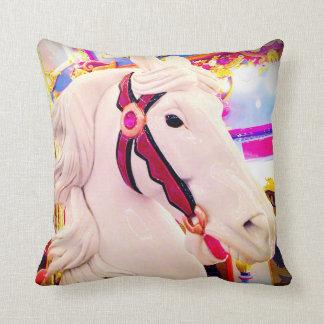 Carreau brillamment coloré de photo de cheval de oreiller