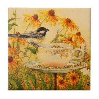 Carreau Chickadee 4773 sur la tasse de thé
