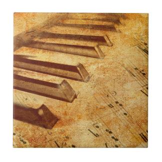 Carreau Clés grunges de piano de feuille de musique