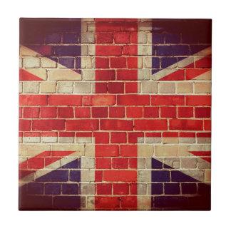 Carreau Drapeau BRITANNIQUE vintage sur un mur de briques