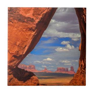 Carreau Fenêtre de roche à la vallée de monument, AZ
