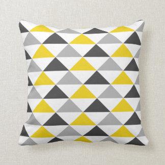 Carreau géométrique jaune et gris de motif oreillers
