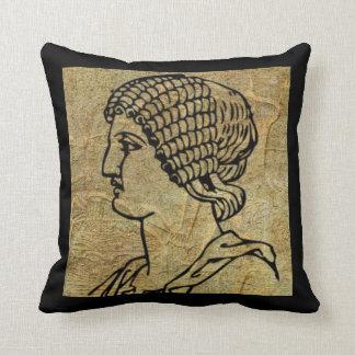 Carreau grec Grec antique de rouleau de femme Coussin Décoratif