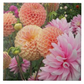Carreau Jardin de dahlia floral