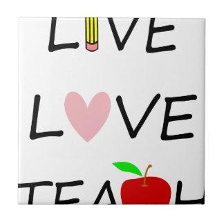 Carreau l'amour vivant enseignent