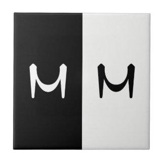 Carreau Monogramme parafé par double noir et blanc élégant