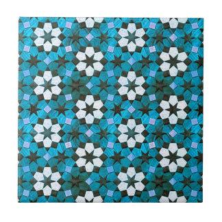 Carreau Motif de turquoise et de fleur blanche