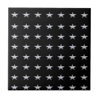 Carreau Noir d'étoiles chanceuses avec la conception