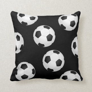 coussins ballon de football. Black Bedroom Furniture Sets. Home Design Ideas