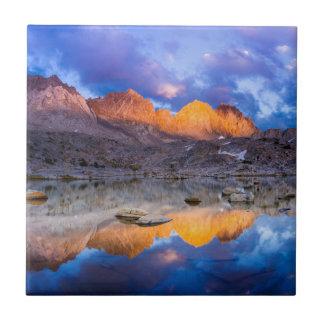 Carreau Réflexion de montagne, la Californie