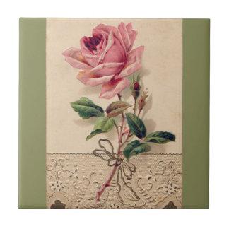 Carreau Rose de rose et cru Romance floral de dentelle