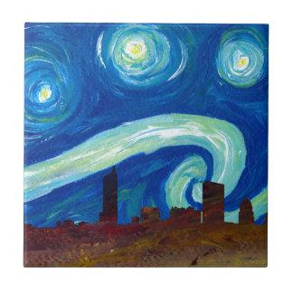 Carreau Silhouette d'horizon d'Austin avec la nuit étoilée