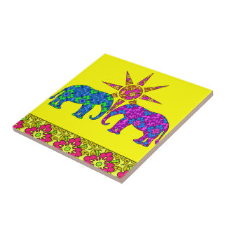 Carreau Trépied coloré de tuile d'éléphants de Paisley