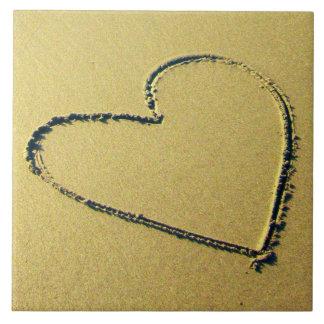 Carreau Tuile décorative de dessin de sable de coeur