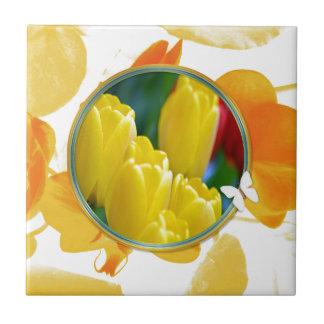 Carreau Tulipes jaunes dans le cadre rond coloré