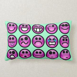 Carreaux souriants d'émoticône de visage oreiller