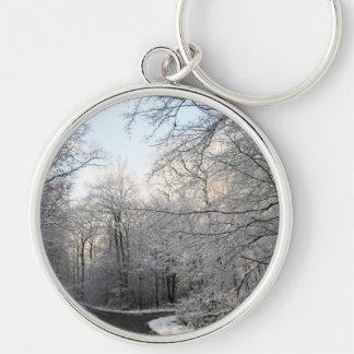 Carrefours de forêt d hiver porte-clés