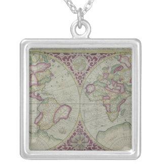 Carte 12 du monde collier