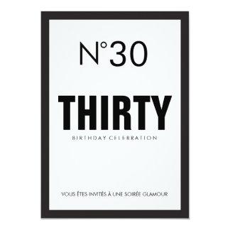 Carte 30ème fête d'anniversaire de thème noir et blanc