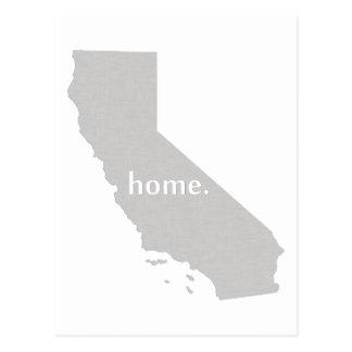 Carte à la maison d'état de silhouette de la carte postale