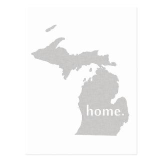 Carte à la maison d'état de silhouette du Michigan Carte Postale
