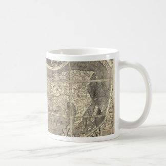Carte antique 1507 du monde mug blanc